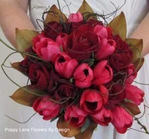 red tulip and rosebouquet_bg